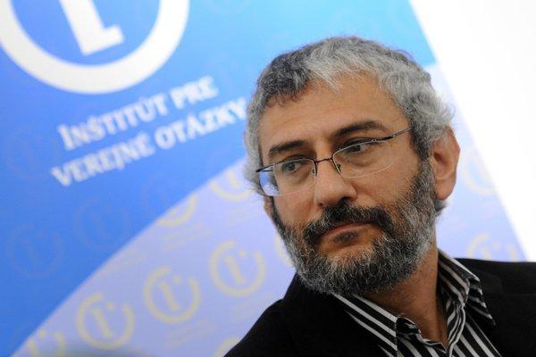 Grigorij Mesežnikov.