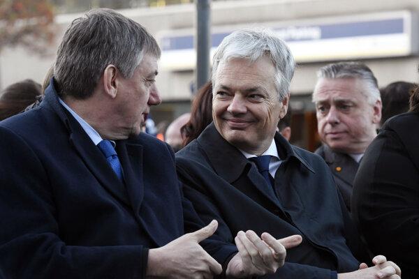 Belgický minister zahraničných vecí Didier Reynders (vpravo).