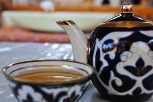 Uzbecká kanvička čaju.