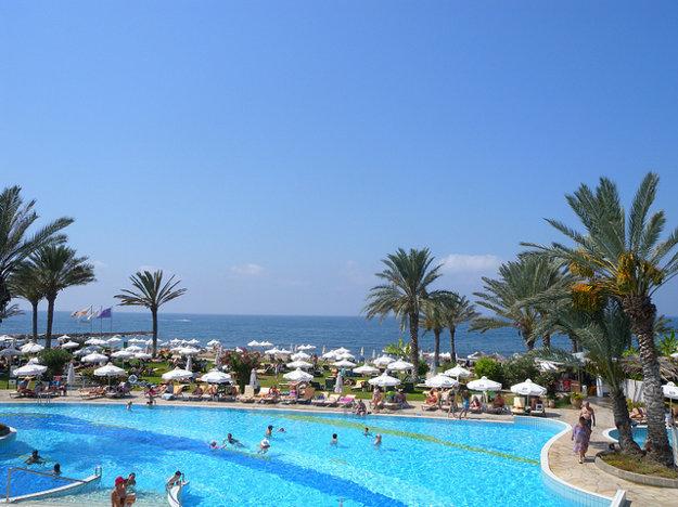 Letoviská na Cypre ponúkajú veľa atrakcií pre turistov.