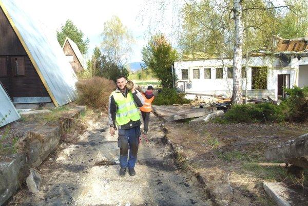 Odstraňovanie sutín na Plutve.