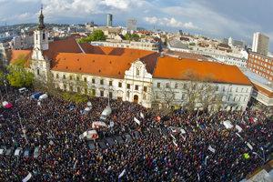 Na Veľkom protikorupčnom pochode sa zúčastnilo zhruba 5500 ľudí.