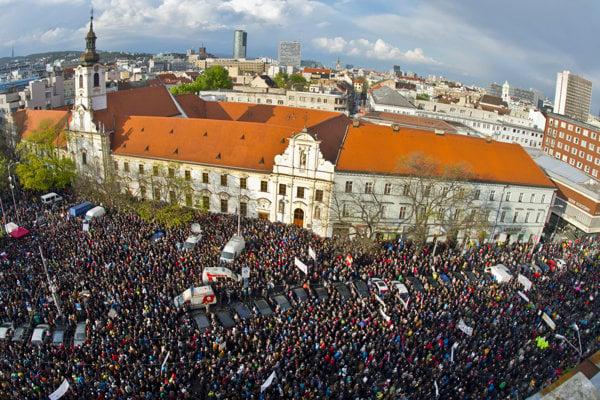 Protikorupčný pochod prinesie i dopravné obmedzenia.