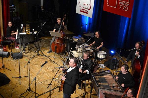 AMC Trio. Po Prešovskej hudobnej jari vystúpia ina Lipianskej.