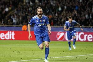 Gonazlo Higuaín strelil úvodný gól stretnutia.