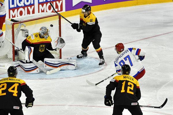 Vadim Šipačov prekonáva Thomasa Greissa.