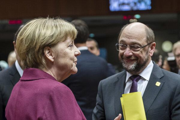 Nemecká kancelárka a líderka CDU Angela Merkelová so šéfom SPD Martinom Schulzom.
