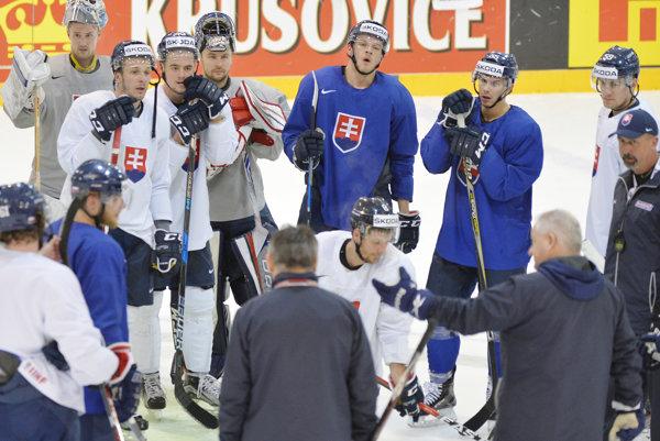 Divácky záujem o duely Slovenska na hokejových majstrovstvách sveta klesá.