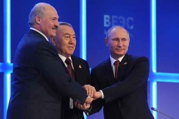 Lukašenko, Nazarbajev, Putin.