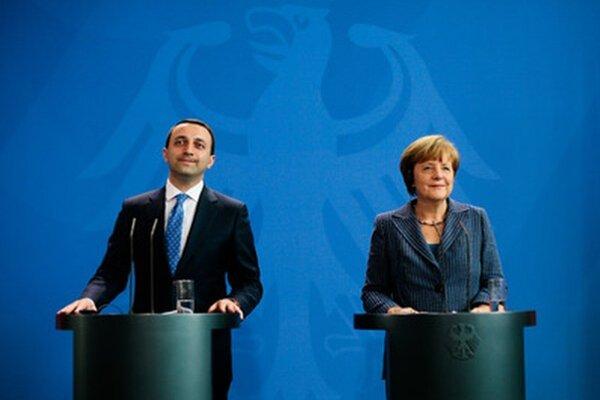 Gruzínsky premiér a nemecká kancelárka v Berlíne.