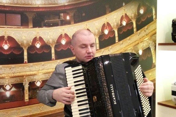 Vladimír Košík. Vytvoriť orchester z akordeónov bol jeho nápad.
