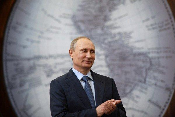 Nie každý sa chcel v Bruseli a Paríži s Putinom stretnúť.