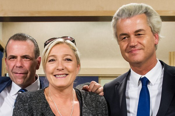 Euroskeptici. Sprava Geert Wilders, Marine Le Penová a Harald Vilimsky.