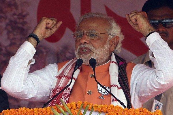 Favorit indických volieb Narendra Modí.