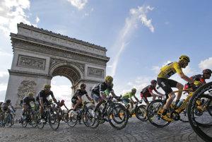 Cyklisti v nedeľu prídu do Paríža.