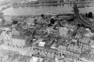 Pohľad na historické centrum mesta. (1963)