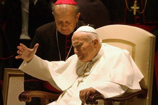 Pápež Ján Pavol II. a jeho osobný sekretár Stanislaw Dziwisz.