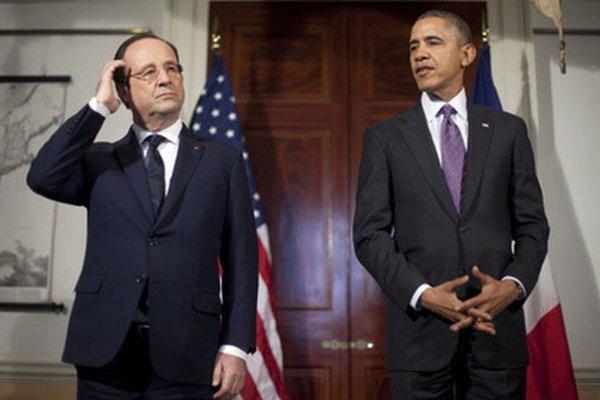 Francúzsky prezident Francois Hollande a americký prezident Barack Obama.