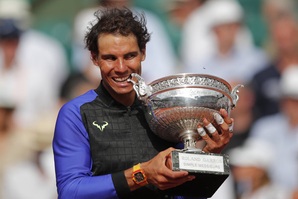 Rafael Nadal dostal vlastnú trofej.