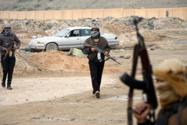 Tristotisícové mesto neďaleko Bagdadu kontrolujú islamisti. Irak zažíva najkrvavejšie boje za posledné roky.