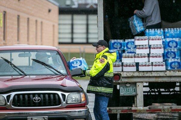 Distribúcia pitnej vody v Charlestowne.