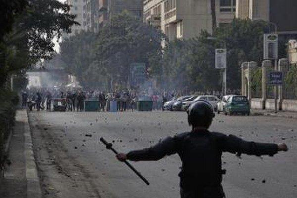 V Egypte sú časté útoky na policajtov a vojakov.