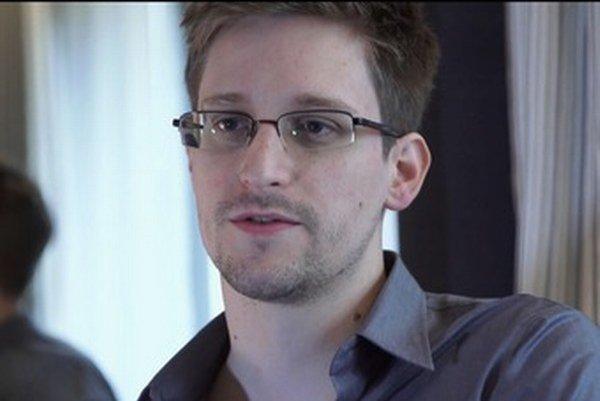 Edward Snowden na archívnej snímke z júna 2013.