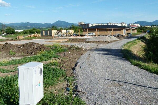 Názov dostane i ulica s týmito novostavbami v Priekope.