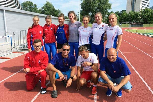 Atléti ŠK ŠOG Nitra na medzištátnom štvorstretnutí dorastu v Miškovci.