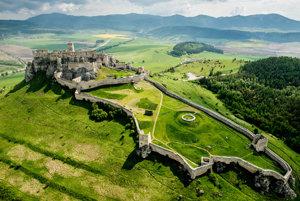 V prílohe denníka SME nájdete 113 tipov na výlety po Slovensku. Špeciálny 60-stranový magazín vychádza v denníku 21. júna.