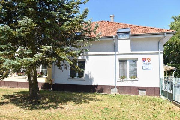 Obecný úrad v obci Borová.