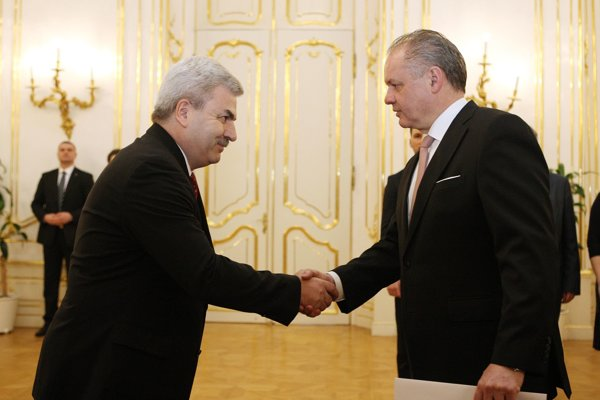 Veľvyslanec Ukrajiny Jurij Muška a prezident Andrej Kiska/Ilustračné foto
