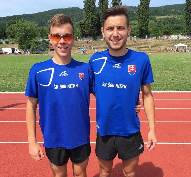 Medailisti zo steeplechase Roman Šajter a Patrik Borovka.