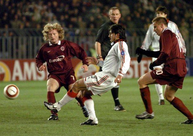 Rastislav Michalík (vpravo) hral v drese Sparty v Lige majstrov aj proti AC Miláno.