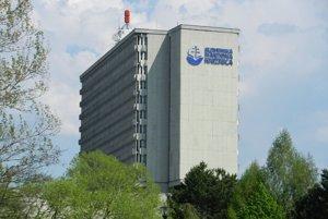 Televízny vysielač na budove SNK v Martine.