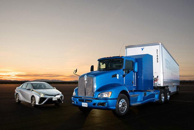 Kamión Portal využíva vodíkovú technológiu z Toyoty Mirai