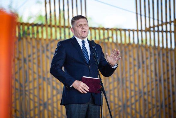 Premiér Robert Fico reční na Devíne.