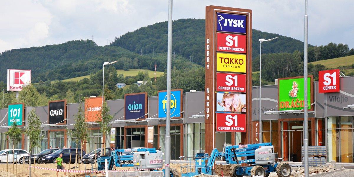 7745053a9e4f9 V bývalých kasárňach otvoria nový nákupný park už 17. augusta - SME ...