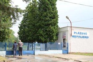 Plážové kúpalisko minulý rok údajne navštívilo iba osemdesiatosem Bojničanov.