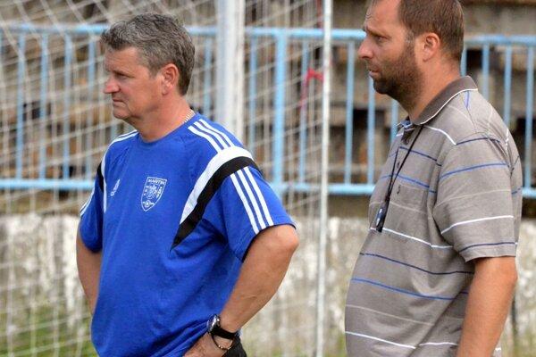 Trénerské duo Kuťka (vpravo) - Vitek, po zápase s Fiľakovom na martinskej lavičke skončilo.