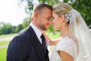 """Povedali si """"áno"""". Svadba prišla po šiestich rokoch vzťahu."""