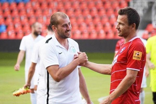 Martin Dobrotka (vpravo) je jednou z letných akvizícií FC ViOn.