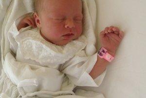Alene a Bohuslavovi z Považskej Teplej sa 8. júla po Vivien narodila Evelin Maceková (3280 g a 49 cm).