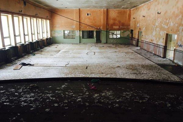 Tretí cyklus sa odohrá v opustenej koncertnej sále.