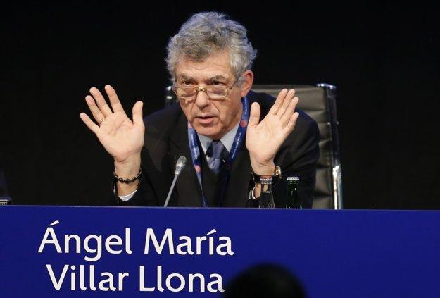 Ángel María Villar je prezidentom španielskej futbalovej federácie a tiež vysokopostaveným členom FIFA aj UEFA.