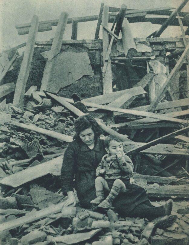 Madridská domácnosť počas bojov v roku 1937.