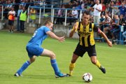 Oravské Veselé (v žlto-čiernych) dresoch zvládlo prvé kolo Slovenského pohára.