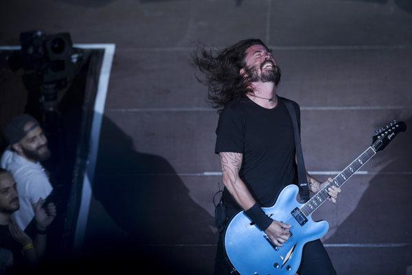 Dave Grohl bude aj na novom albume šíriť odkaz Nirvany.