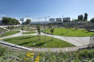 Z výstavby areálu športparku JAMA na mieste bývalého Národného cyklistického štadióna Vlastimila Ružičku v lokalite Tehelné pole.