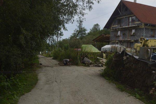 Cesta v Zemianskom Kvašove.